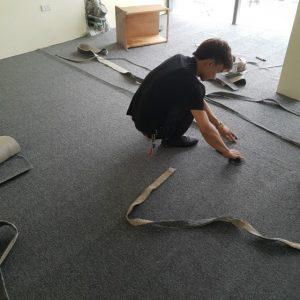 thi công thảm trải sàn 2