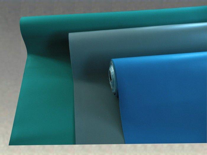 Thảm sàn cao su phải phù hợp màu sắc nội thất.